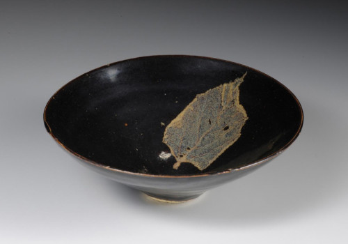 Jizhou ware, tea bowl with mulberry leaf design, Museum of Oriental Ceramics, Osaka, Japan