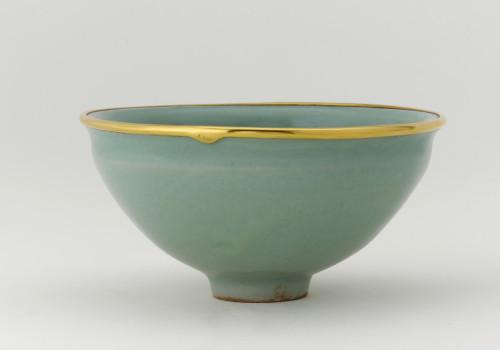 Longquan ware, tea bowl with celadon glaze, Freer Gallery of Art, Washington D.C., USA