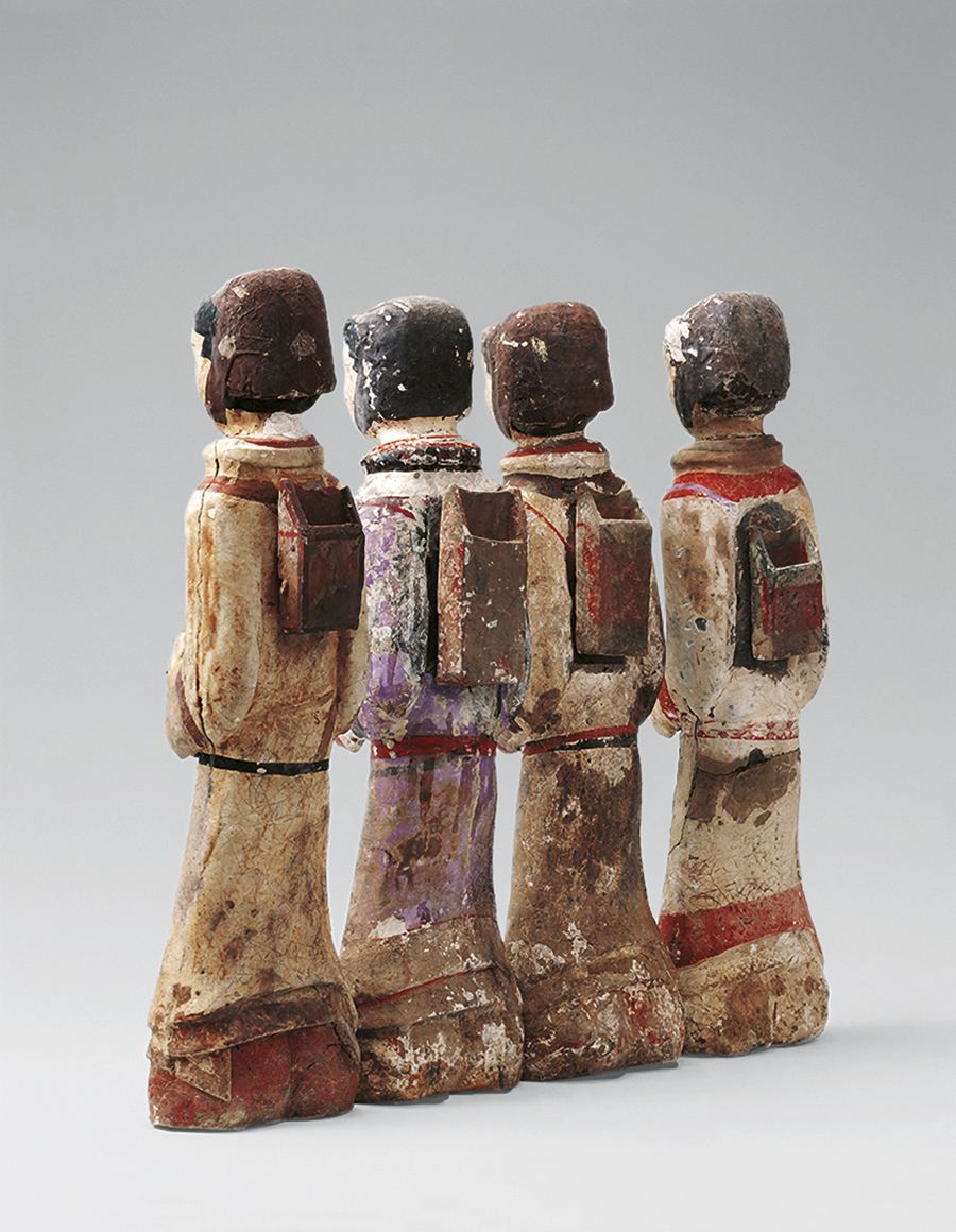 Set of archer figurines. Painted earthenware. Tomb of the King of Chu. Beidong Mountain, Xuzhou, Jiangsu. Xuzhou Museum.