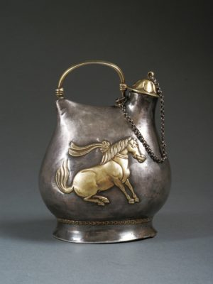 tang_silver-pot-with-dancing-horse-design