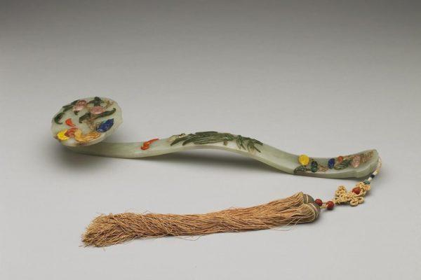 Jade ruyi with gemstone inlays, National Palace Museum