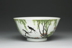 qing_yongzheng_enameled-bowl-with-swallow-design