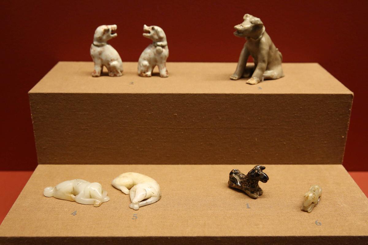 auspicious-dogs_3
